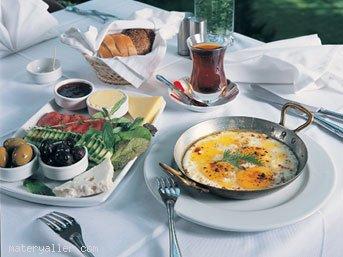 Kahvaltı okul başarısını artırıyor