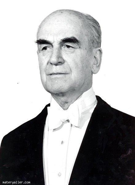 6. Cumhurbaşkanı Fahri Korutürk