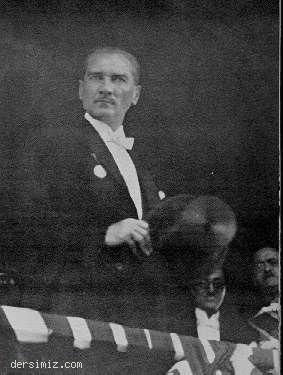 1925 - Cumhuriyet Bayramı töreninde