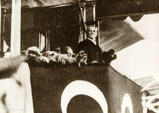 1933 - Cumhuriyet'in onuncu yılı kutlamalarında