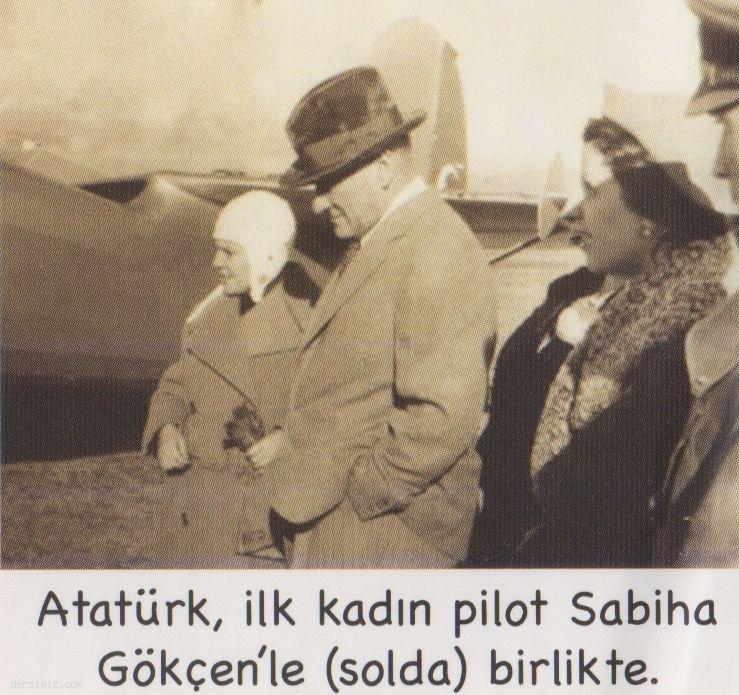 Atatürk İlk kadın pilot Sabiha Gökçen ile