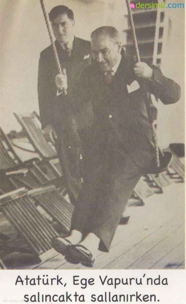 Atatürk Ege Vapurunda Salıncakta