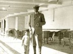 Atatürk'ün Çocuk Sevgisi Fotoğrafları