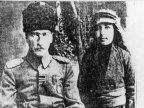 Diyarbakır'da himayesine aldığı Abdurrahim (Tuncak) ile birlikte